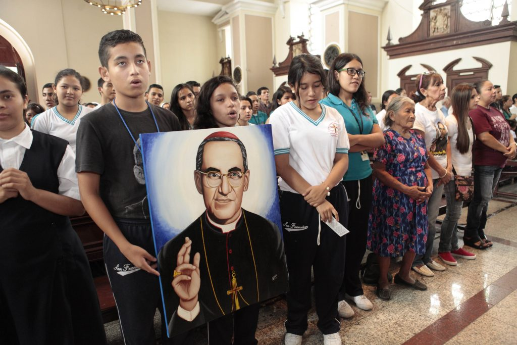 Memorial Mass for Archbishop Romero's death Beato.